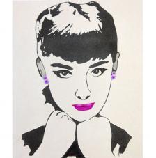 Audrey mirando. 50x61 cm