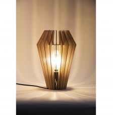 Lámpara madera 24x24x35 cm. 22 piezas