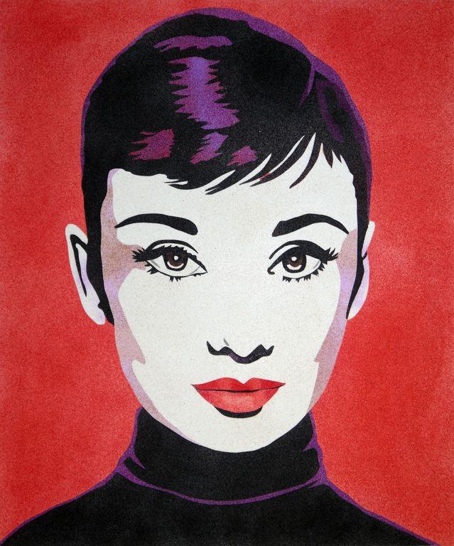 Audrey fondo rojo. 2 medidas disponibles