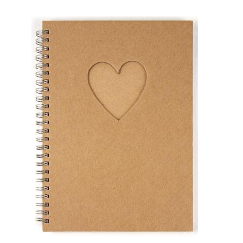 Album 30 hojas corazon 15,5x21 cm
