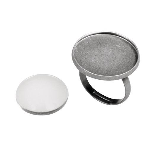 Anillo camafeo metálico con cabuchón vidrio. ∅ 2,1 cm. Oro y plata