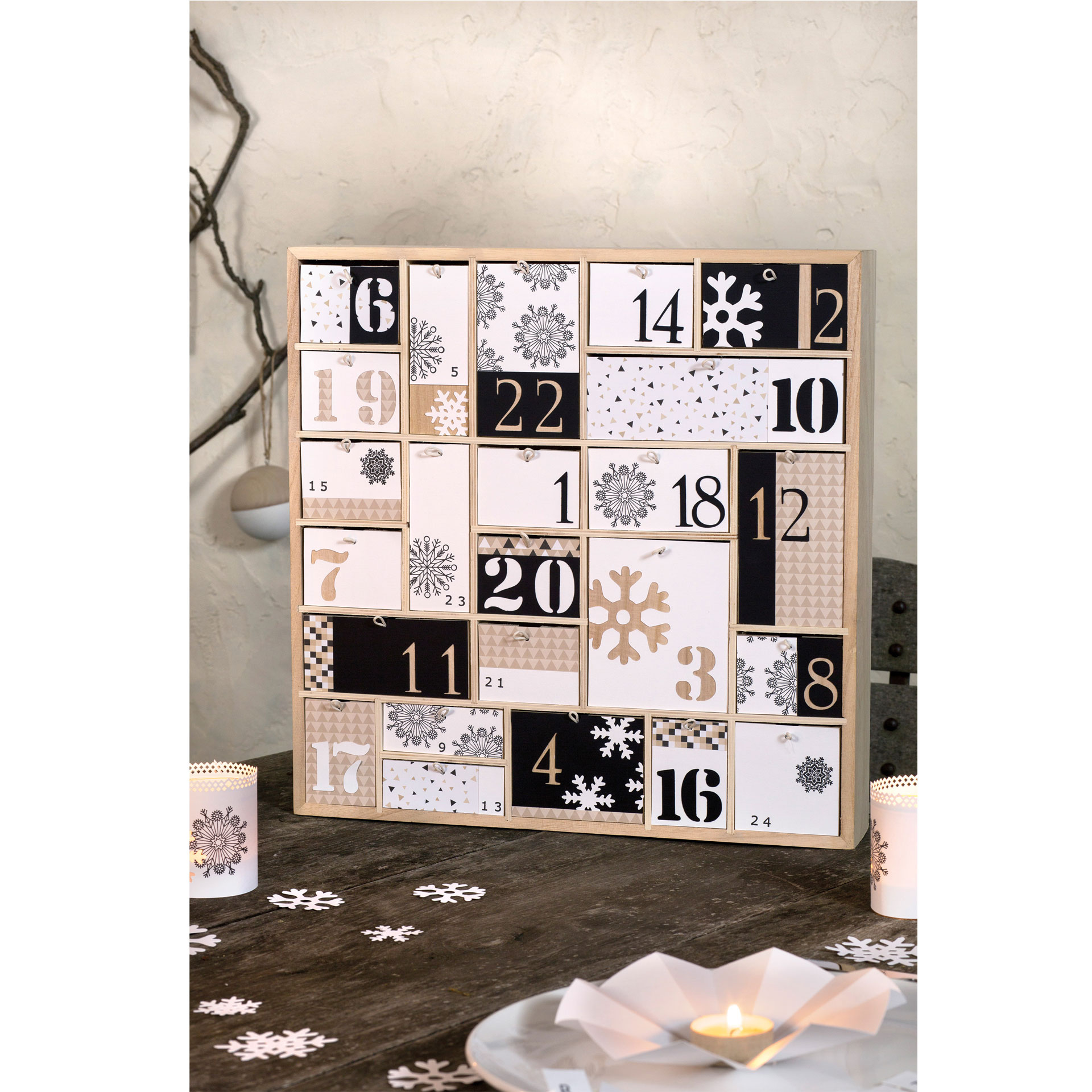 Calendario de adviento 40x40x6,5 cm. Cajones
